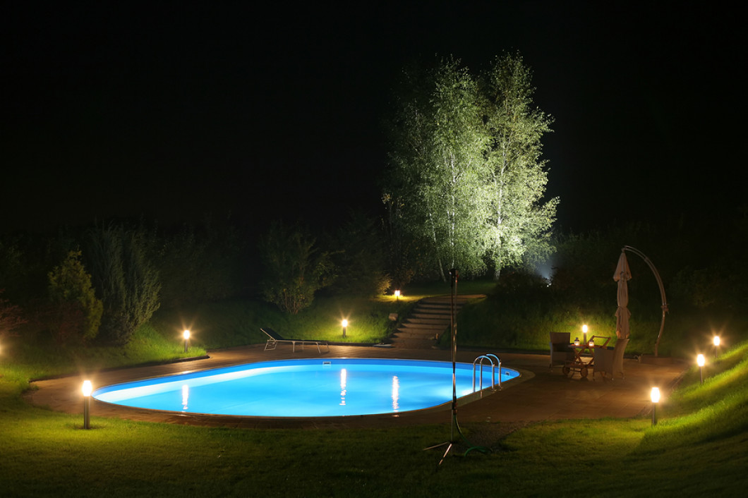 outdoor lighting installation large outdoor art highlight your landscapes best features outdoor lighting installation palo vinton cedar rapids ia kjs